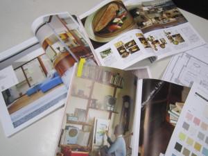 職人さんと部屋のイメージを話しながら色決め。